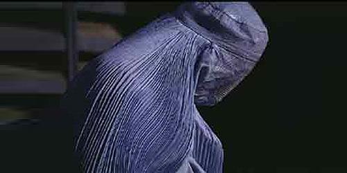 Woman-in-Burka in Afghanistan