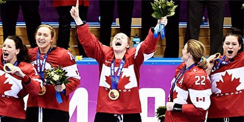 sochi-hockey-girls