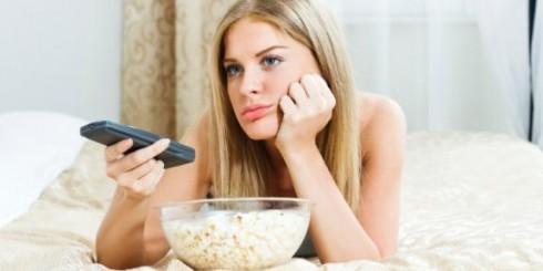 woman-bored-watching-tv