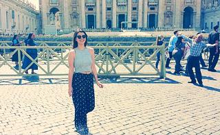 tourist-selfie