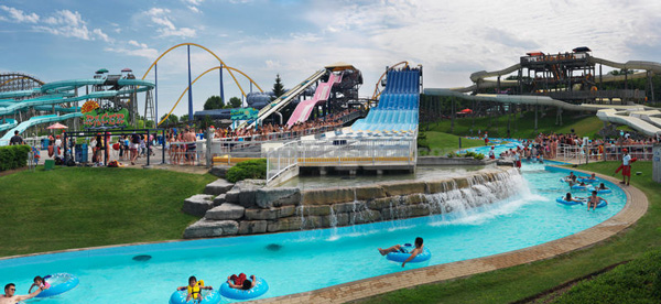 adventurous date ideas: waterpark
