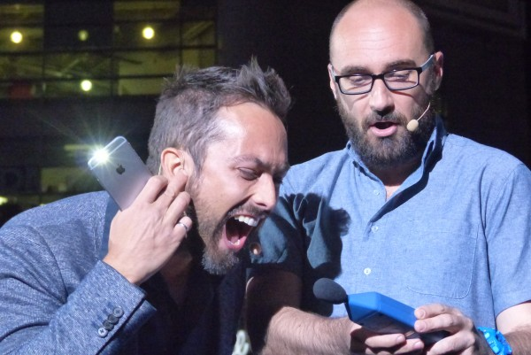 Vsauce and Veritasium test loudness of the audience