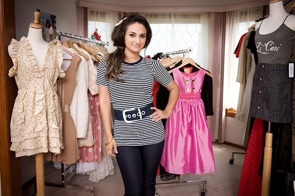Fashion-Clothing-What-Fashion-Designers-Offer-You-INLAND