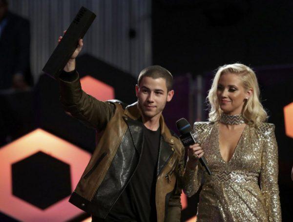 Nick Jonas Winning MMVA
