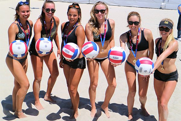 Beach Volleyball Girls