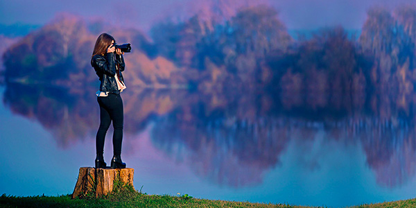 Girl with DSLR camera