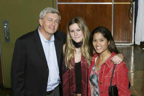 Singer Joss Stone with restaurateur Chris Pengelley and Lorraine Zander