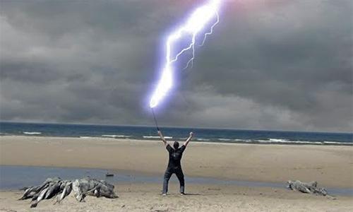 Strange Facts: Lightning Man