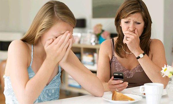 Sad girl - Twitter Purge
