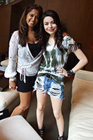 Miranda Cosgrove couple